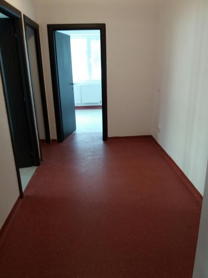 Spatiu birouri salon sau cabinet de inchiriat in Sibiu zona Cedonia-165-4