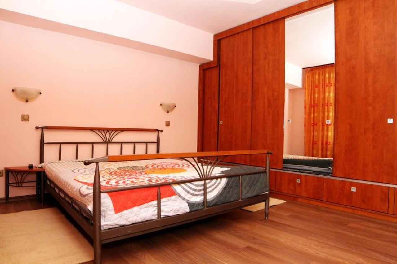 Apartament modern 3 camere de inchiriat in Sibiu strada Lunga-86-2