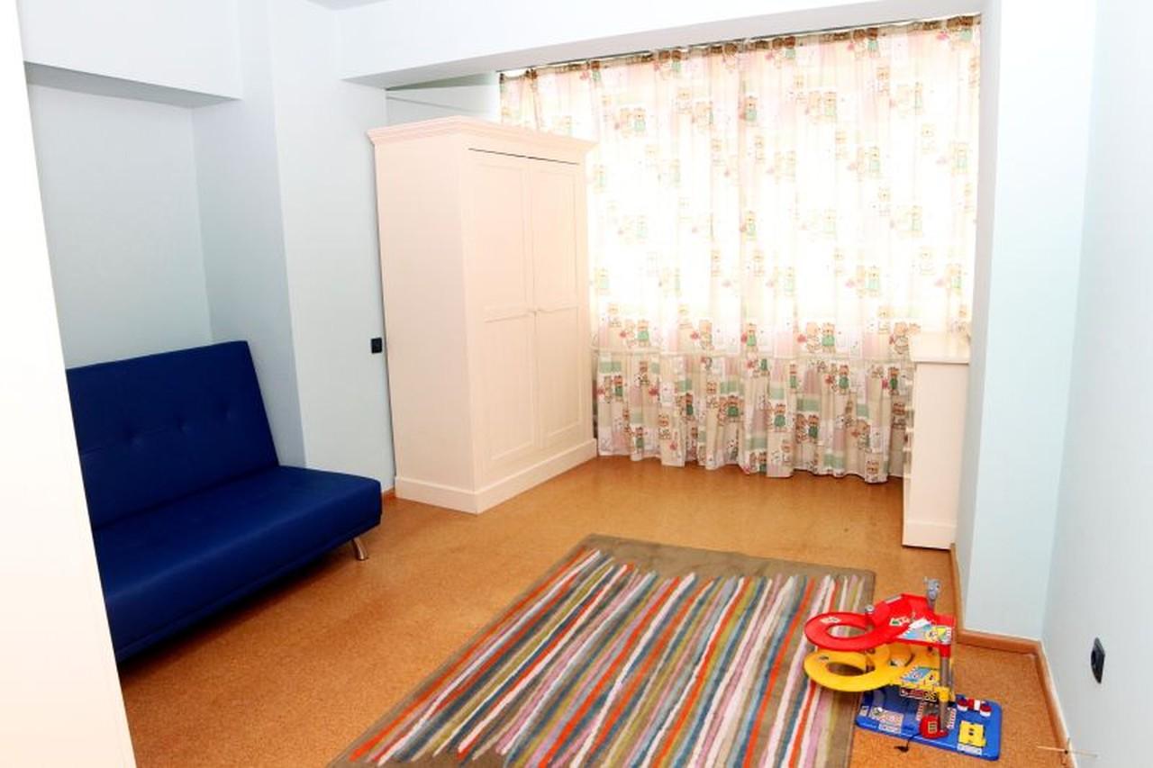 Apartament modern 3 camere de inchiriat in Sibiu strada Lunga-86-5