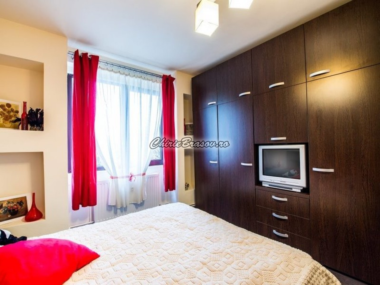Inchiriere apartament 2 camere Brasov , Central - Grivitei-353-0