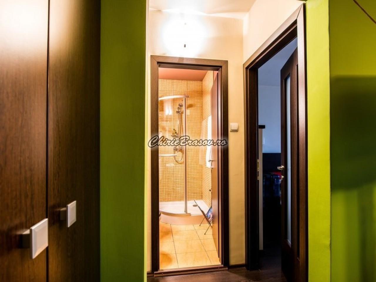Inchiriere apartament 2 camere Brasov , Central - Grivitei-353-2