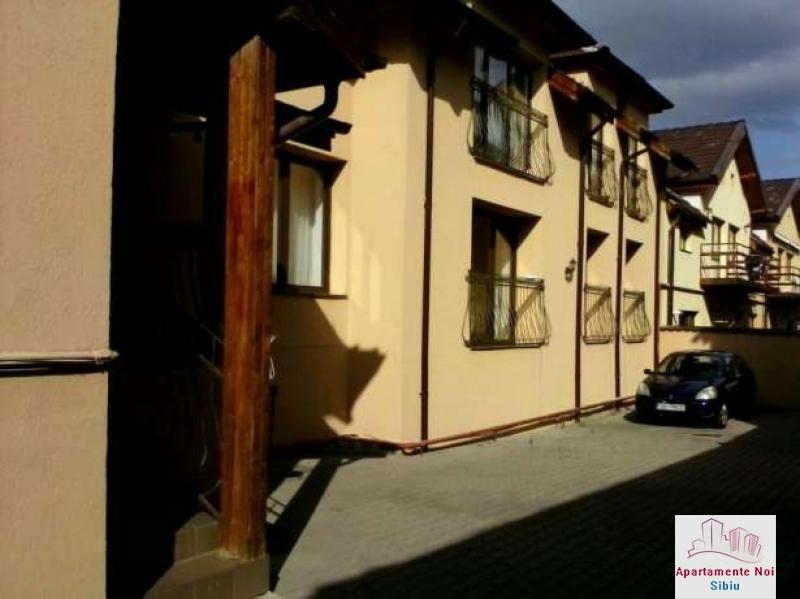 Apartament 3 camere,la vila,de vanzare in Sibiu,zona Turnisor-129-0