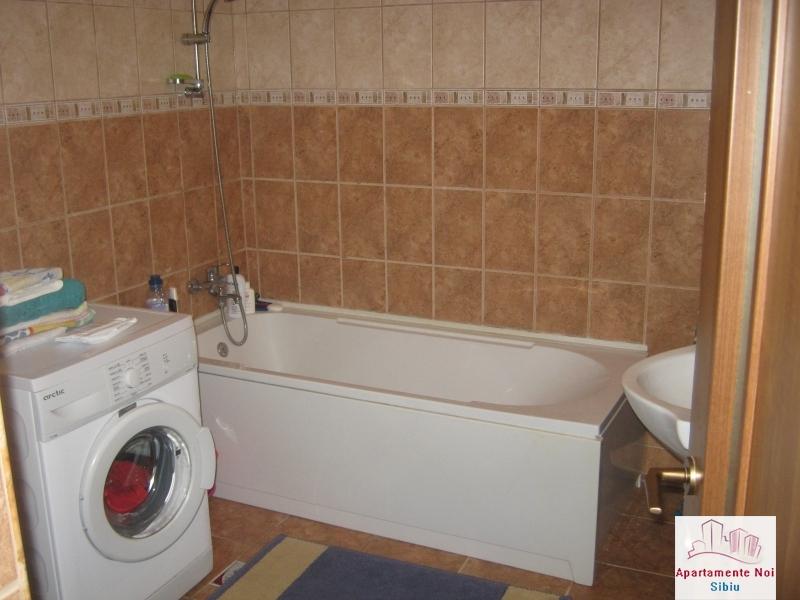 Apartament 3 camere,la vila,de vanzare in Sibiu,zona Turnisor-129-12