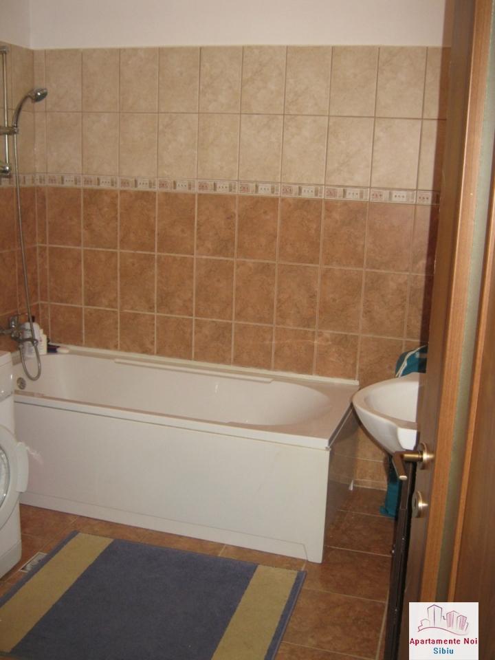 Apartament 3 camere,la vila,de vanzare in Sibiu,zona Turnisor-129-13