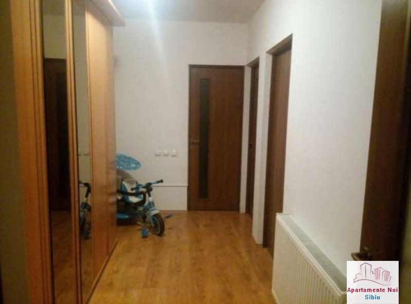 Apartament 3 camere,la vila,de vanzare in Sibiu,zona Turnisor-129-1
