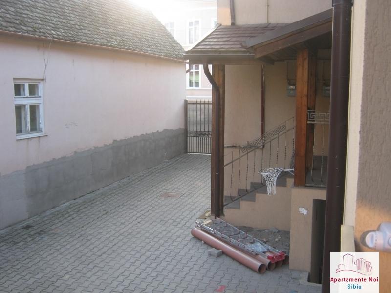 Apartament 3 camere,la vila,de vanzare in Sibiu,zona Turnisor-129-4
