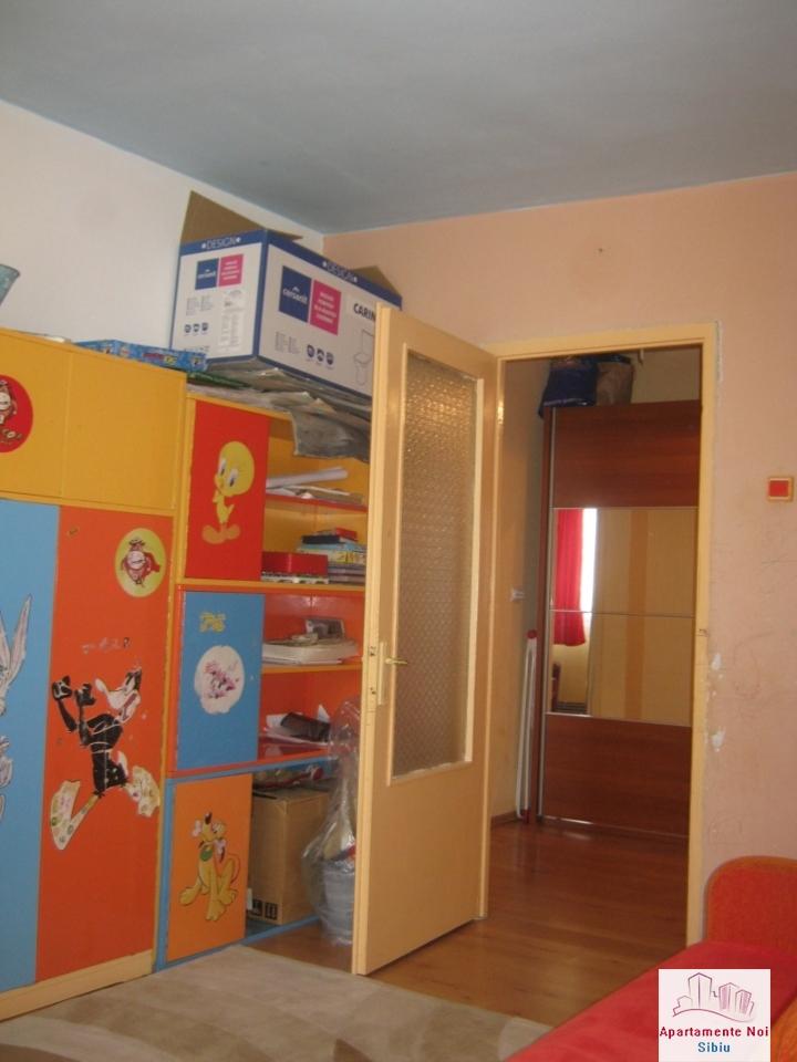 Apartament 3 camere,decomandat,de vanzare,in Sibiu,zona Hipodrom-115-5