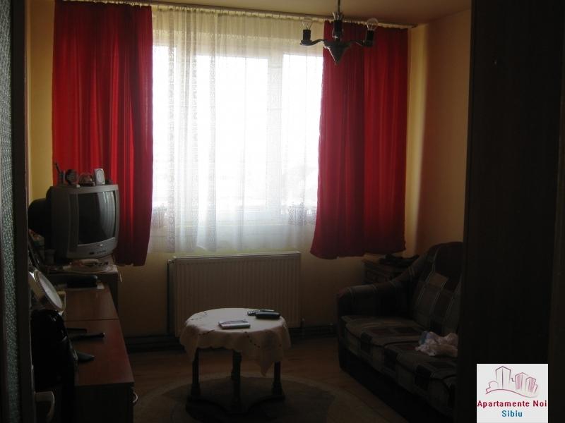 Apartament 3 camere,decomandat,de vanzare,in Sibiu,zona Hipodrom-115-6