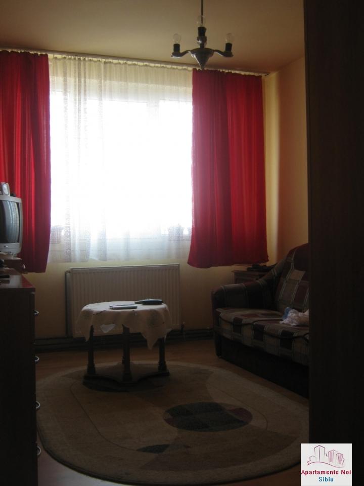 Apartament 3 camere,decomandat,de vanzare,in Sibiu,zona Hipodrom-115-7