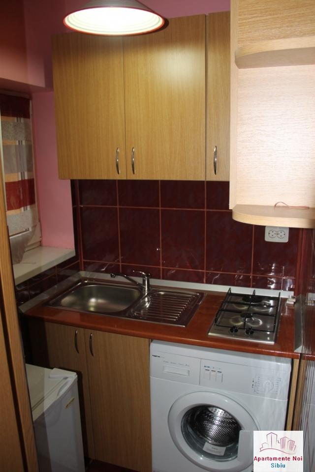 Garsoniera la cheie, etaj1, de vanzare in Sibiu, zona Terezian-133-3
