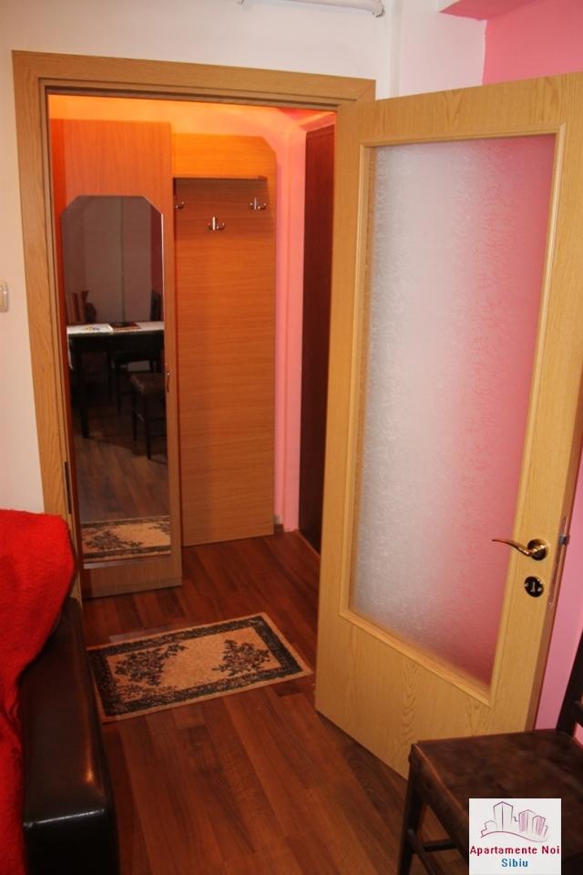 Garsoniera la cheie, etaj1, de vanzare in Sibiu, zona Terezian-133-5