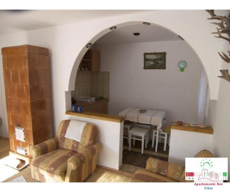 Casa vacanta de vanzare in Sibiu, sat Fantanele-138-0