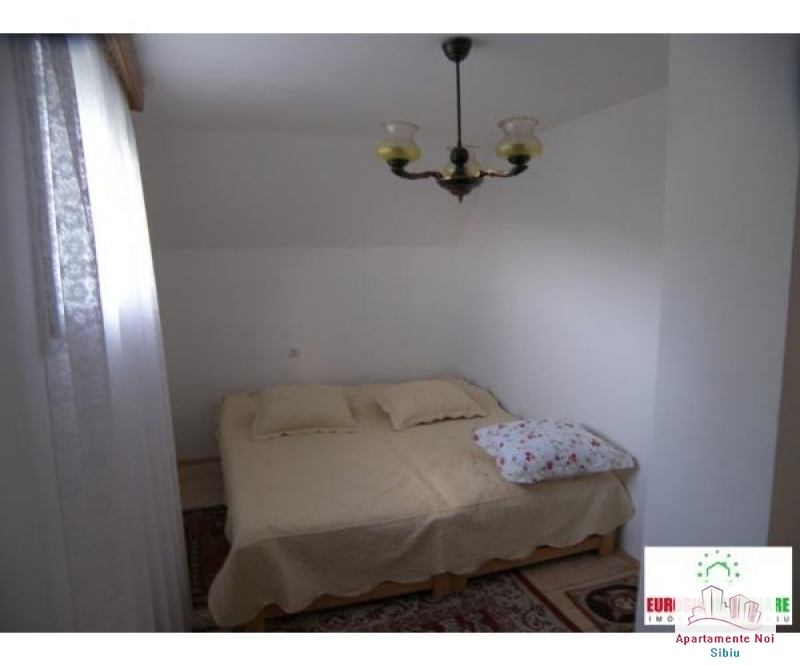Casa vacanta de vanzare in Sibiu, sat Fantanele-138-4