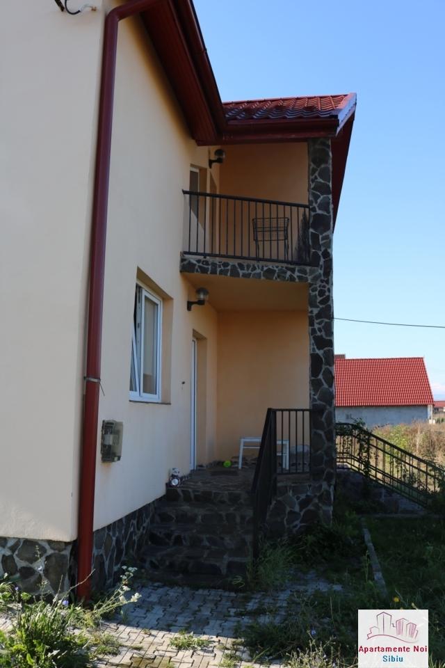 Casa tip duplex,de vanzare,in Sura Mare,Jud Sibiu-117-2