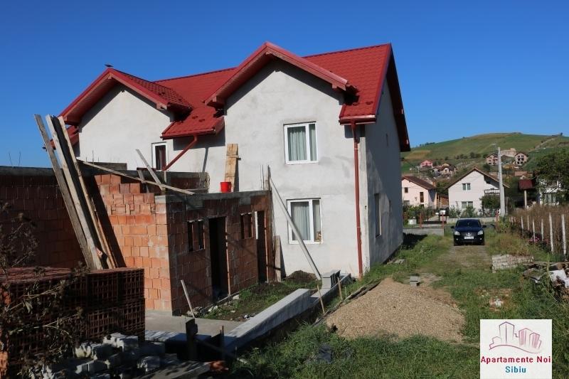 Casa tip duplex,de vanzare,in Sura Mare,Jud Sibiu-117-3