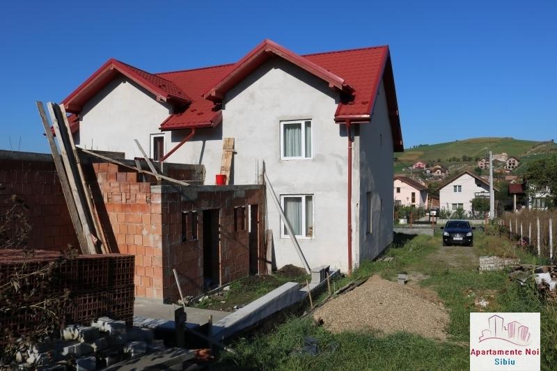 Casa tip duplex,de vanzare,in Sura Mare,Jud Sibiu-117-4