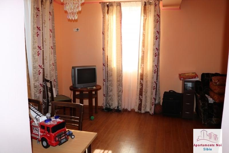 Casa tip duplex,de vanzare,in Sura Mare,Jud Sibiu-117-8