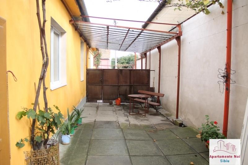 Casa singur in curte de vanzare in Sibiu, zona Terezian -95-14