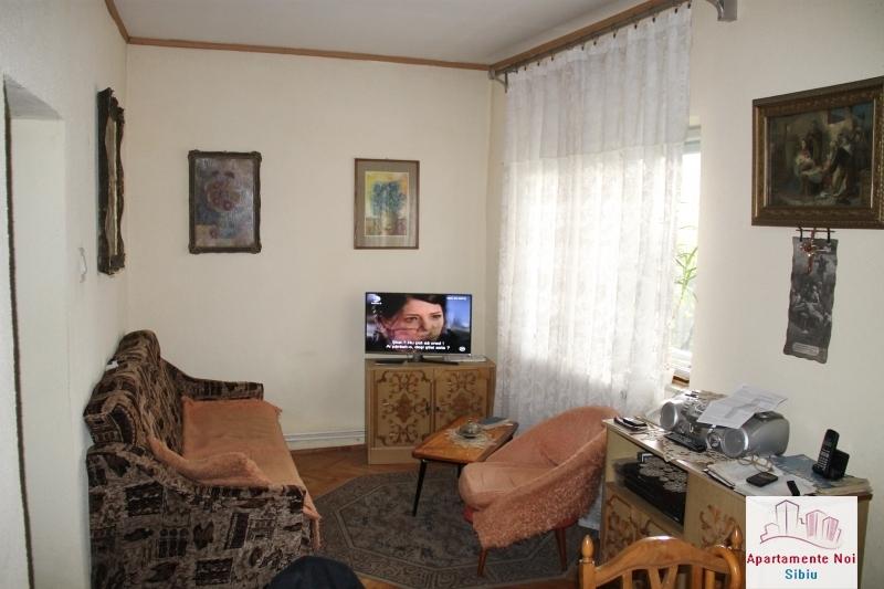 Casa singur in curte de vanzare in Sibiu, zona Terezian -95-1