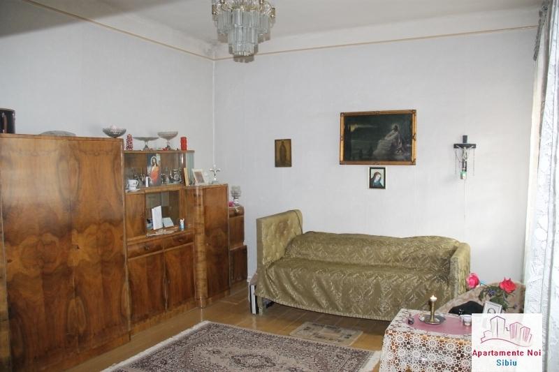 Casa singur in curte de vanzare in Sibiu, zona Terezian -95-4