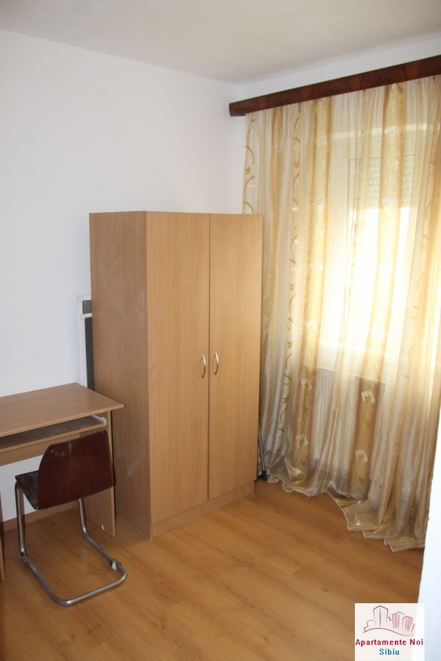 Apartament 2 camere de vanzare in Sibiu, zona Cedonia-72-1