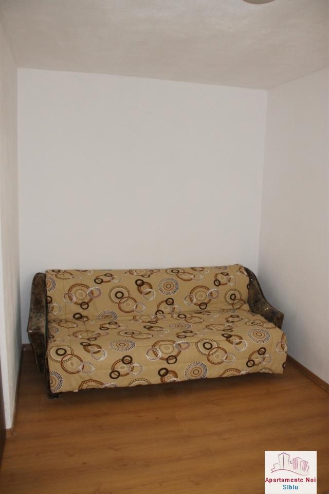 Apartament 2 camere de vanzare in Sibiu, zona Cedonia-72-2