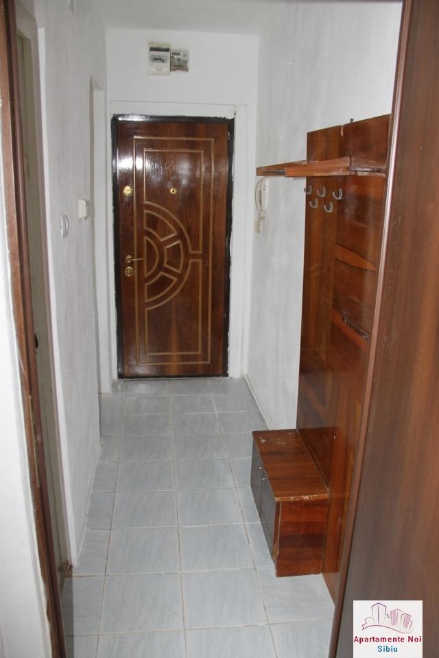 Apartament 2 camere de vanzare in Sibiu, zona Cedonia-72-6