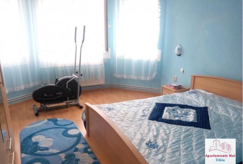 Casa singur in curte,de vanzare,in Sibiu,zona Lazaret -157-3