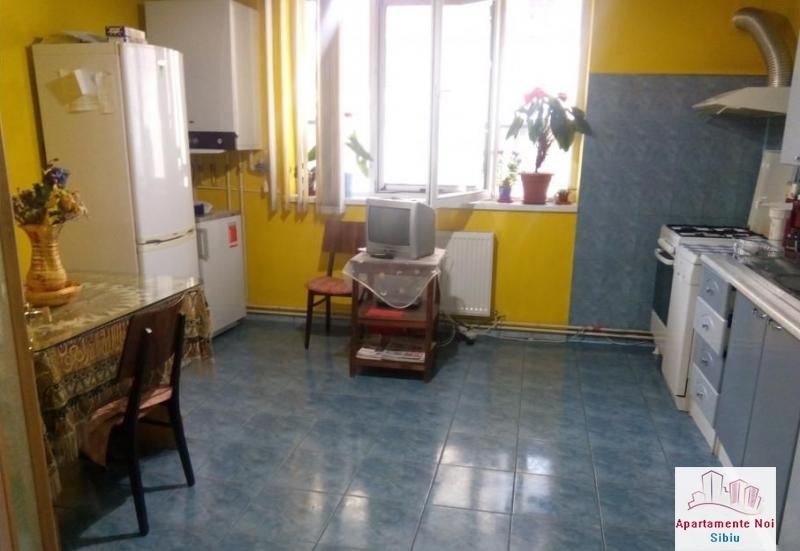 Casa singur in curte,de vanzare,in Sibiu,zona Lazaret -157-7