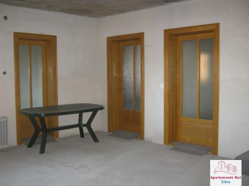 Casa mare,de vanzare,in Sibiu,zona V.Aaron-156-4