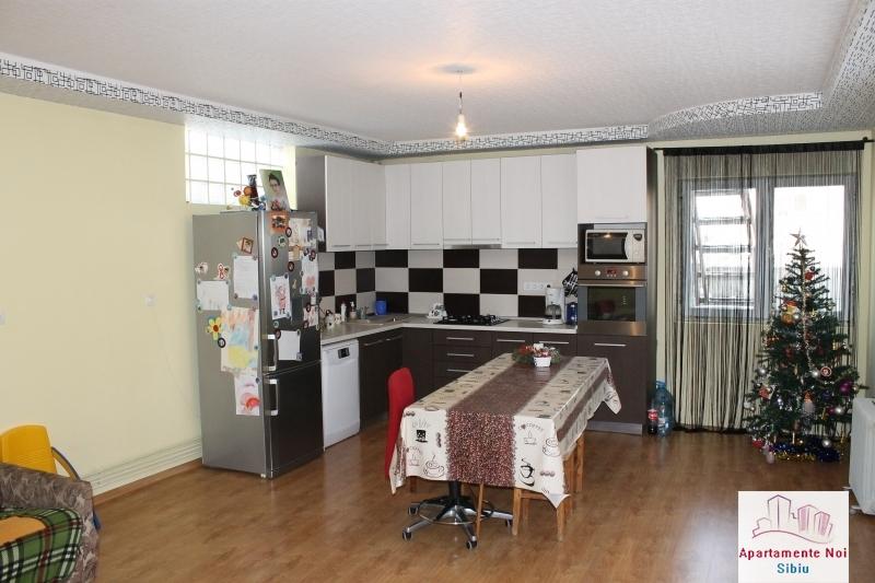 Casa singur in curte de vanzare in Sibiu, zona Selimbar-87-0