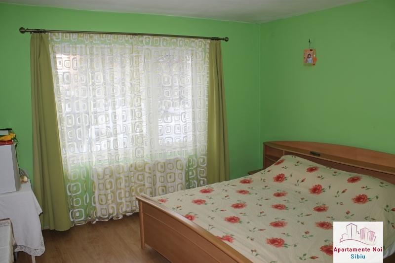 Casa singur in curte de vanzare in Sibiu, zona Selimbar-87-2