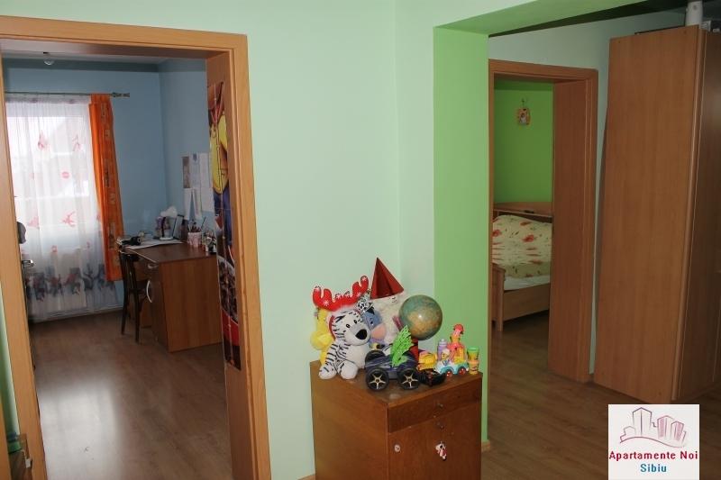 Casa singur in curte de vanzare in Sibiu, zona Selimbar-87-6