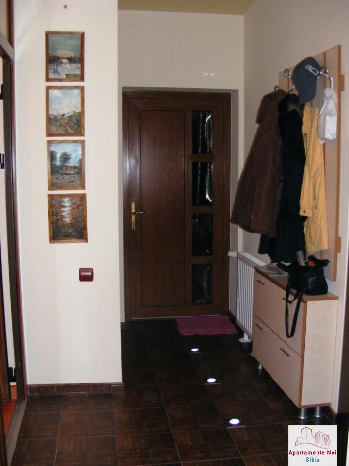 Apartament,la casa,2 camere,de vanzare,in Sibiu,zona Terezian-164-5