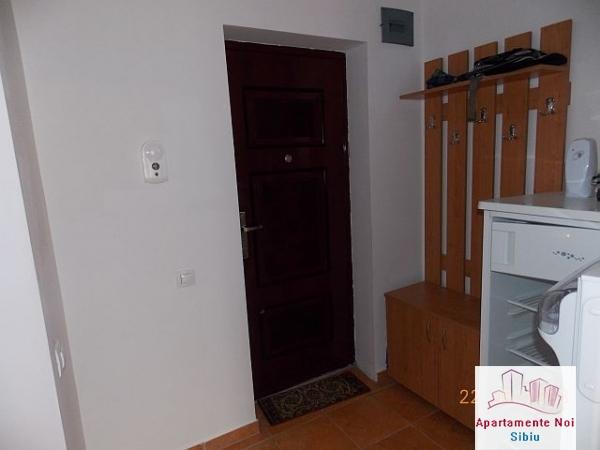 Garsoniera noua de inchiriat in Sibiu-27-3