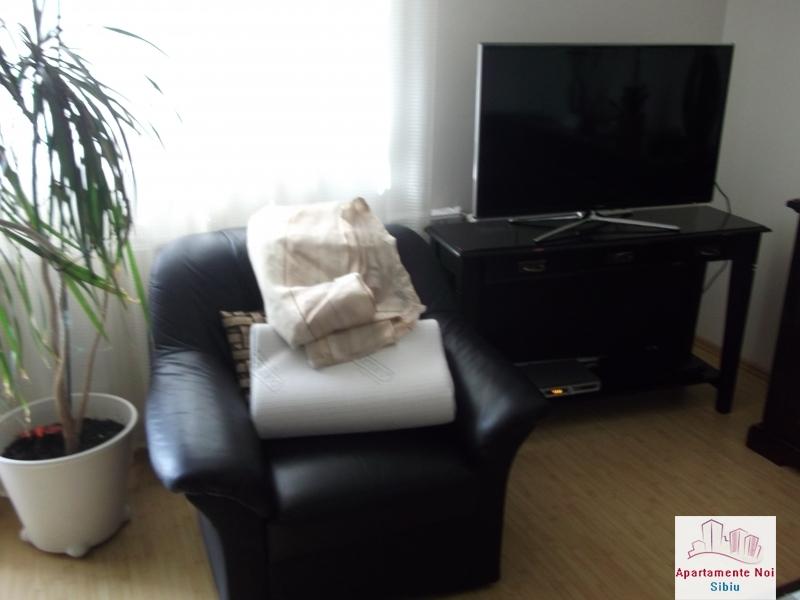 Apartament 3 camere de inchiriat in Sibiu zona Alba Iulia -17-4