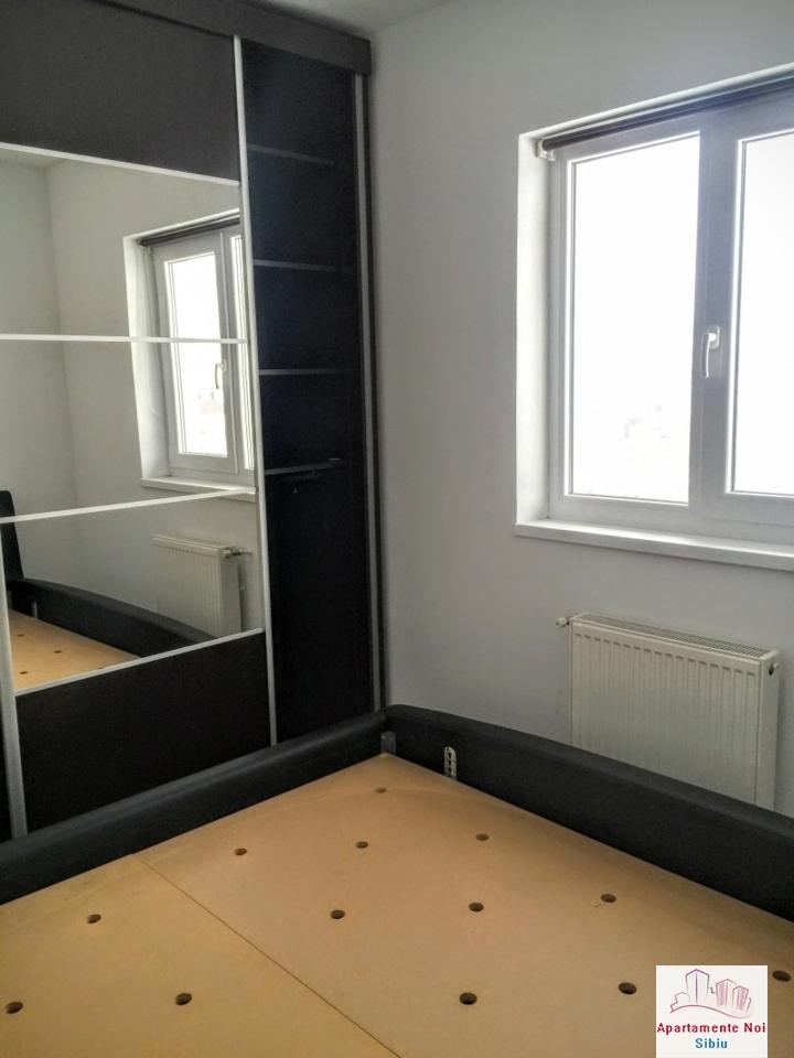 Apartament 3 camere intabulat la cheie mobilat si utilat Sibiu -58-8