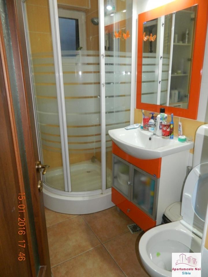 Apartament 3 camere vanzare zona Rahovei Sibiu mobilat si utilat-60-9