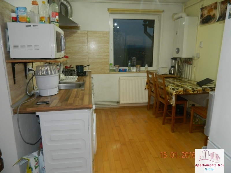 Apartament 3 camere vanzare zona Rahovei Sibiu mobilat si utilat-60-3