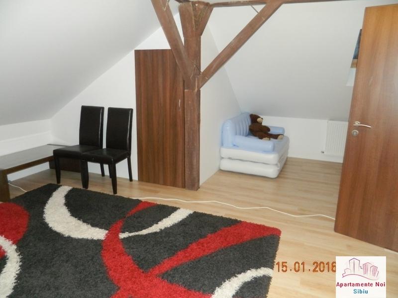 Apartament 3 camere vanzare zona Rahovei Sibiu mobilat si utilat-60-6