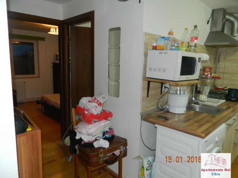 Apartament 3 camere vanzare zona Rahovei Sibiu mobilat si utilat-60-7