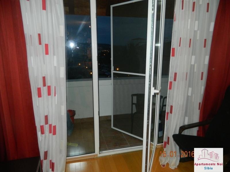 Apartament 3 camere vanzare zona Rahovei Sibiu mobilat si utilat-60-8