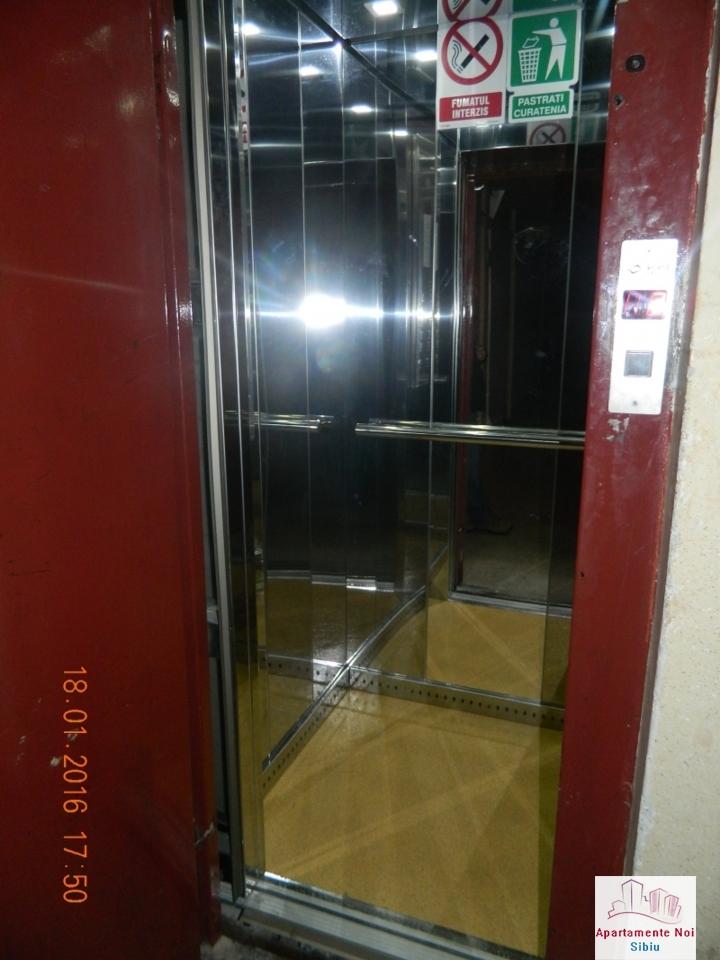 Apartament 2 camere de vanzare Sibiu zona Mihai Viteazu decomandat-49-4