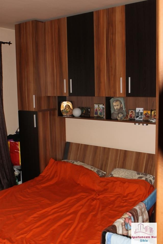 Apartament 3 camere decomandat de vanzare in Sibiu, zona Ciresica-64-5