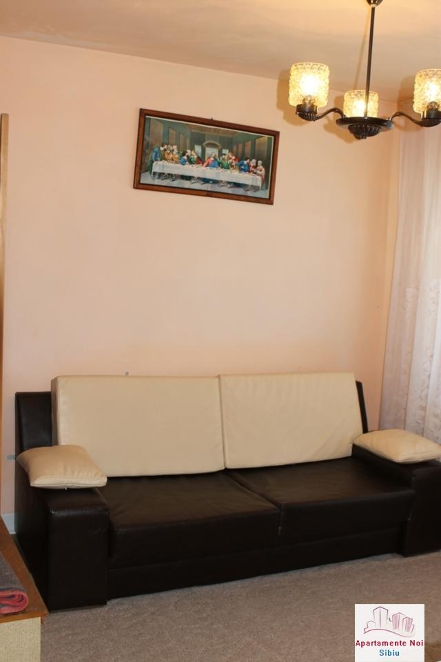Apartament 3 camere decomandat in Sibiu, zona Mihai Viteazu-76-0