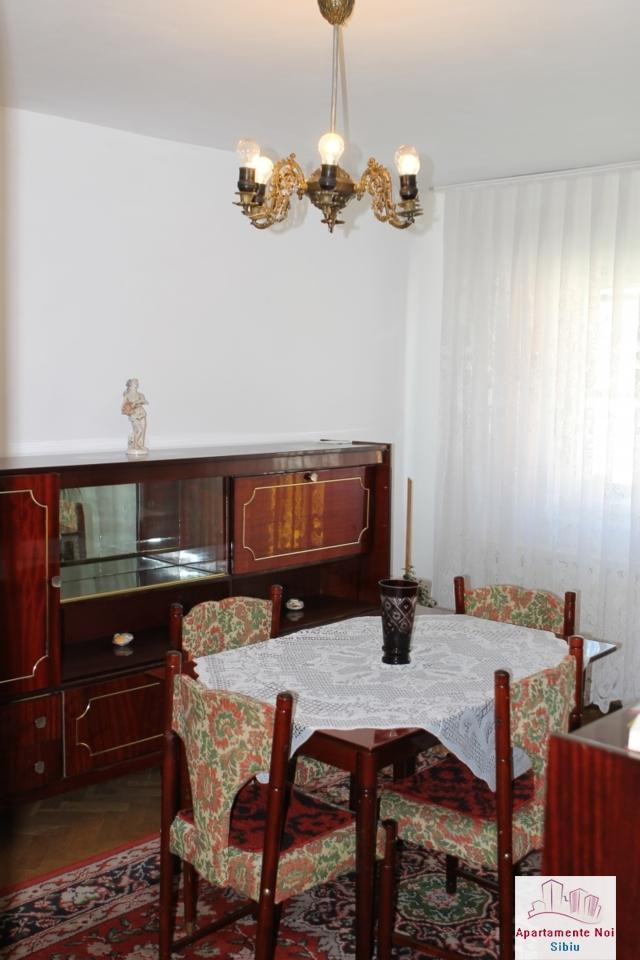 Apartament 3 camere decomandat in Sibiu, zona Mihai Viteazu-76-2