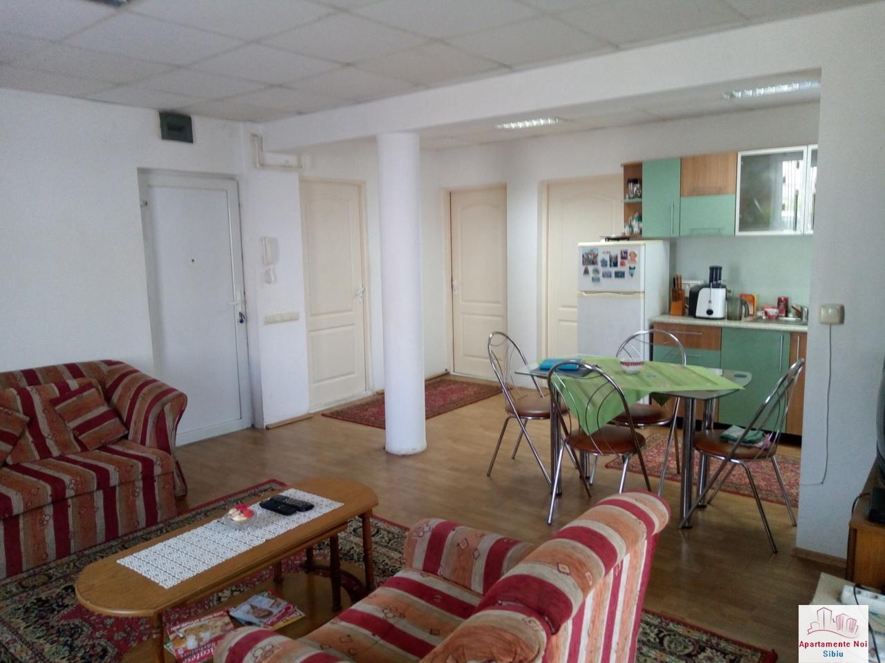 Apartament 3 camere cu curte de vanzare in Sibiu zona Luptei-166-2