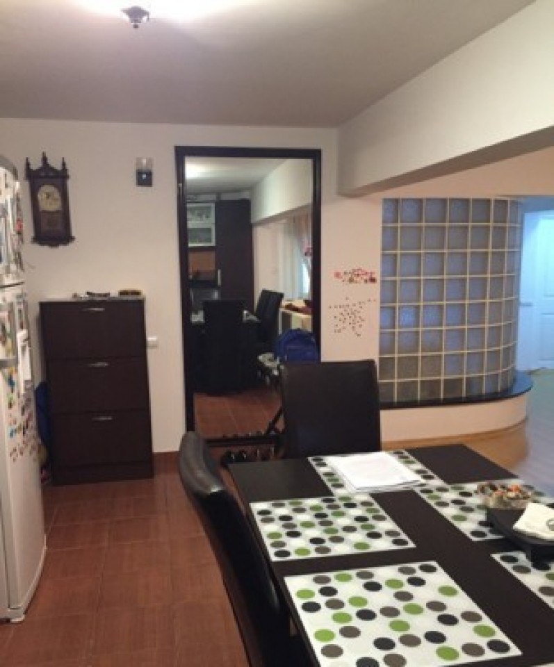 Apartament 4 camere, Sc.13-3027-4