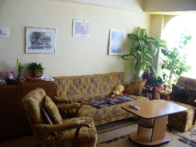 Apartament cu 5 camere de vanzare-1310-0