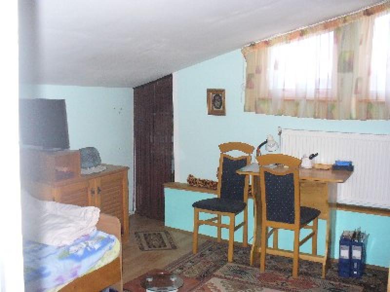 Apartament cu 5 camere de vanzare-1310-2